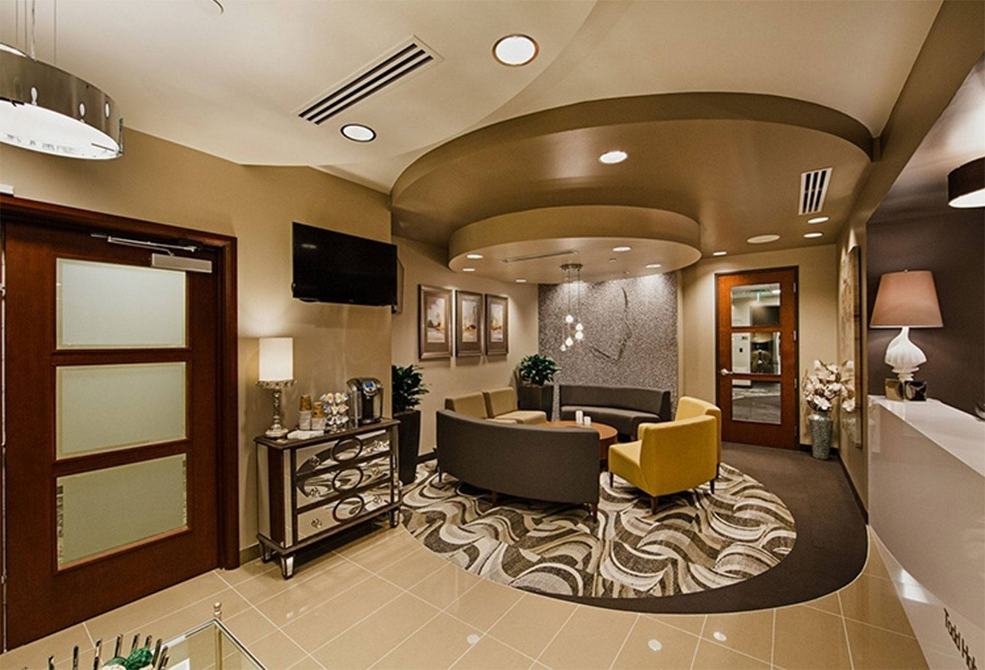 Hobgood Facial Plastic Surgery Waiting Room in Scottsdale