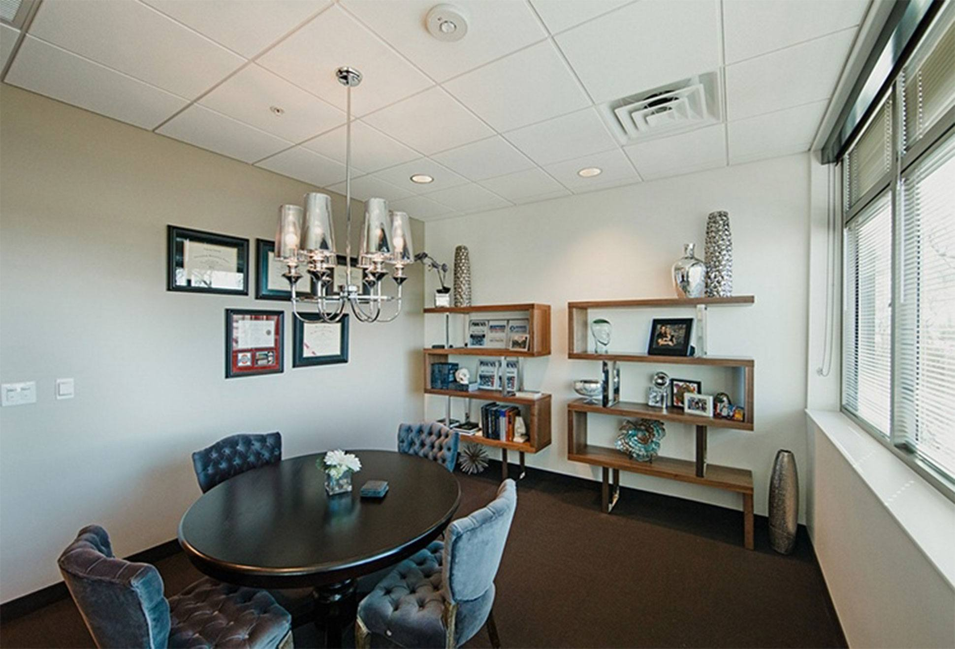 Hobgood Facial Plastic Surgery Meeting Room in Scottsdale